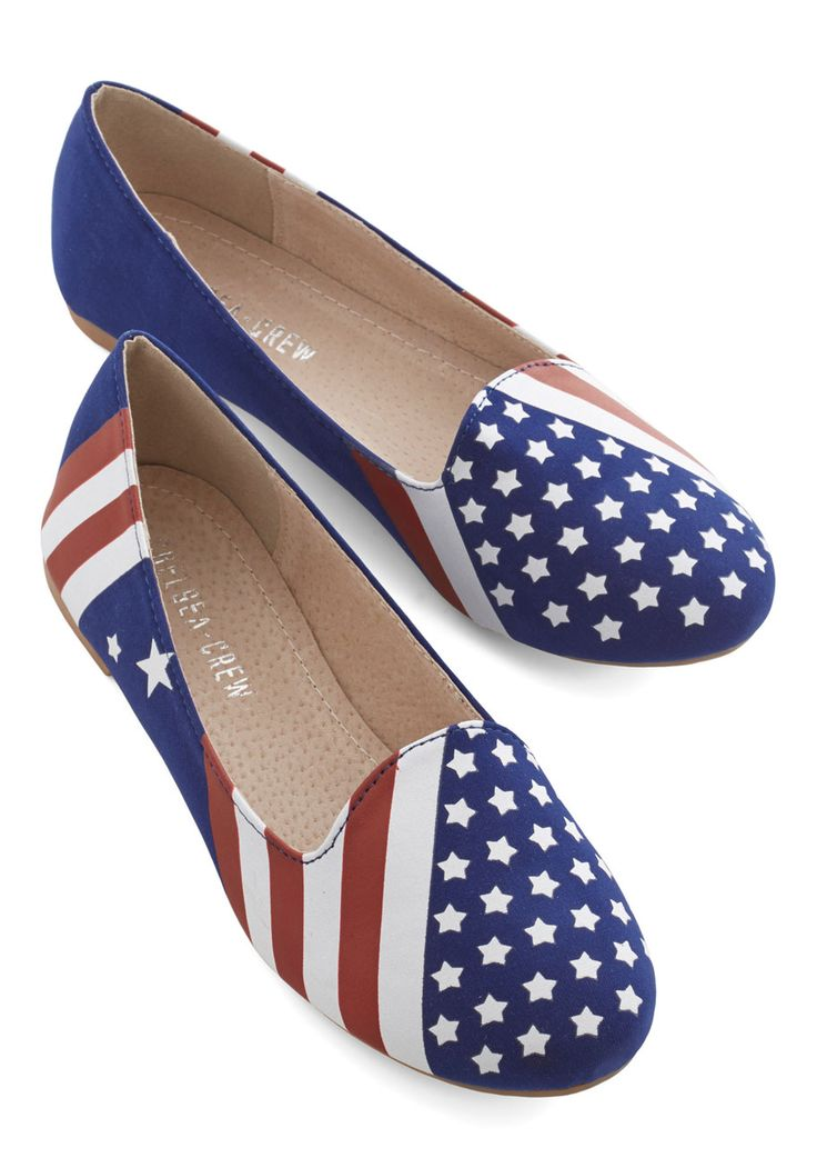 United We Step Flat. Summertime cookouts just arent complete without your moms famous pasta salad, a spectacular nighttime fireworks display, and these American flag flats by Chelsea Crew! #blue #modcloth