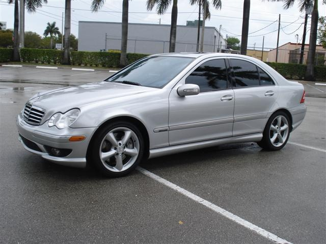 2005 mercedes c230 kompressor sedan cars cars cars for Mercedes benz c230 kompressor 2005