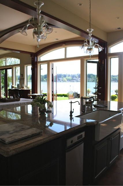 Kitchen w lots of windows home pinterest for Open house plans with lots of windows