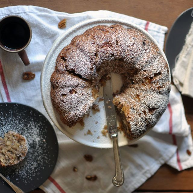 Delores's Apple Cake (Southern Apple and Pecan Cake) || Turntable ...