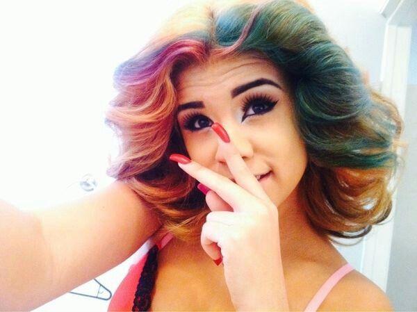 Yuleema Imaginee With Blonde HairYuleema Imaginee 2014 Blue Hair