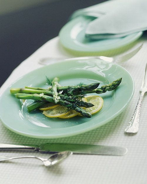 Asparagus Spears with Dill-Shallot Vinaigrette - Whole Living Eat Well