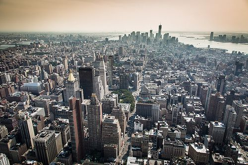 a overview of new york city Just right for those who love high-energy, fast-paced places, new york city is a global city: a melting pot of residents and tourists from every country imaginable.