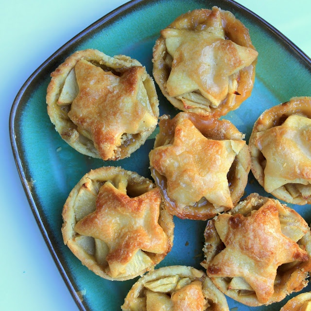 Brandy Apple Mini Pies with Cornmeal Crust | A Spicy Perspective