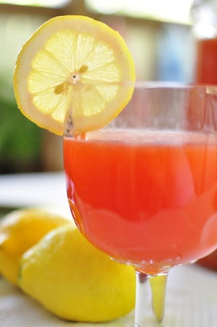 Homemade Strawberry Lemonade | Food I'd Like to Try | Pinterest