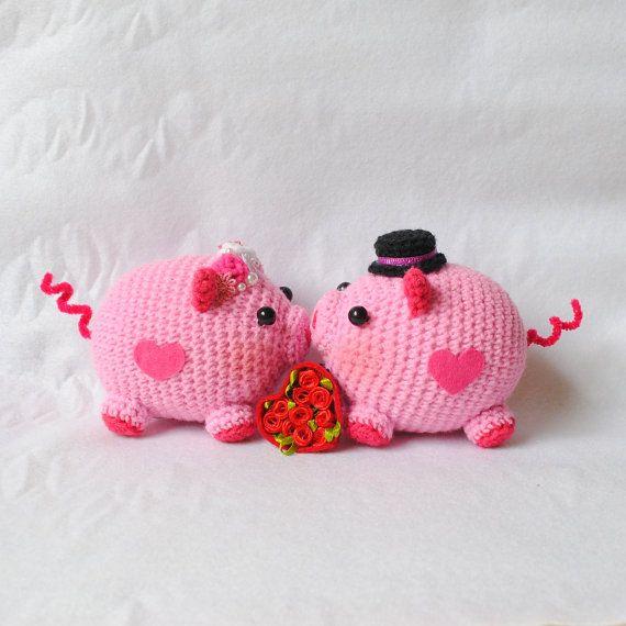 Amigurumi Valentine : Crocheted Amigurumi Valentine Piggy - (Ready to ship)