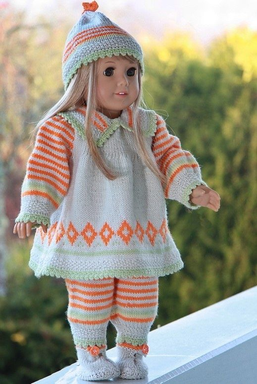 Dolls clothes knitting patterns.