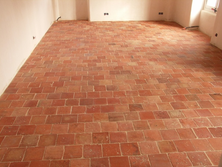 Pin by lucie fontaine on sols pinterest for Carrelage sol terre cuite