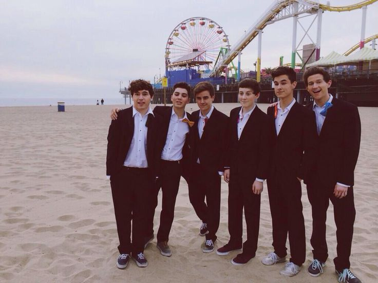 The gallery for --> Our2ndlife 2014