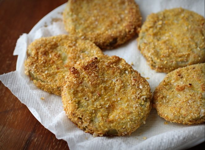 Cornmeal-Crusted Fried Green Tomatoes | Appetisers and Finger Food ...