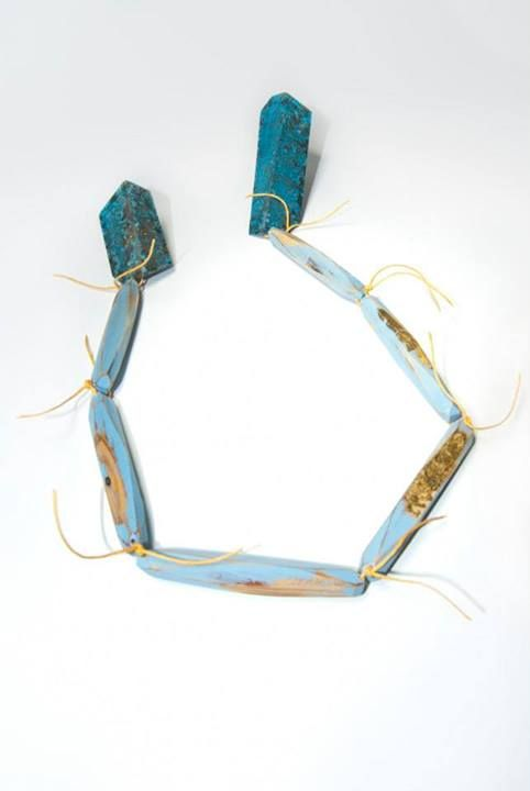 Cristina Zani - My seoul brooch - wood, patinated brass, gold leaf, paint, steel, linen - Edinburgh College of Art 2012