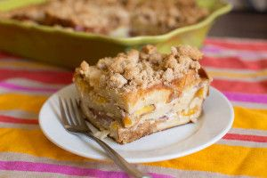 Baked French Toast with Peaches and Crumb Topping | Recipe