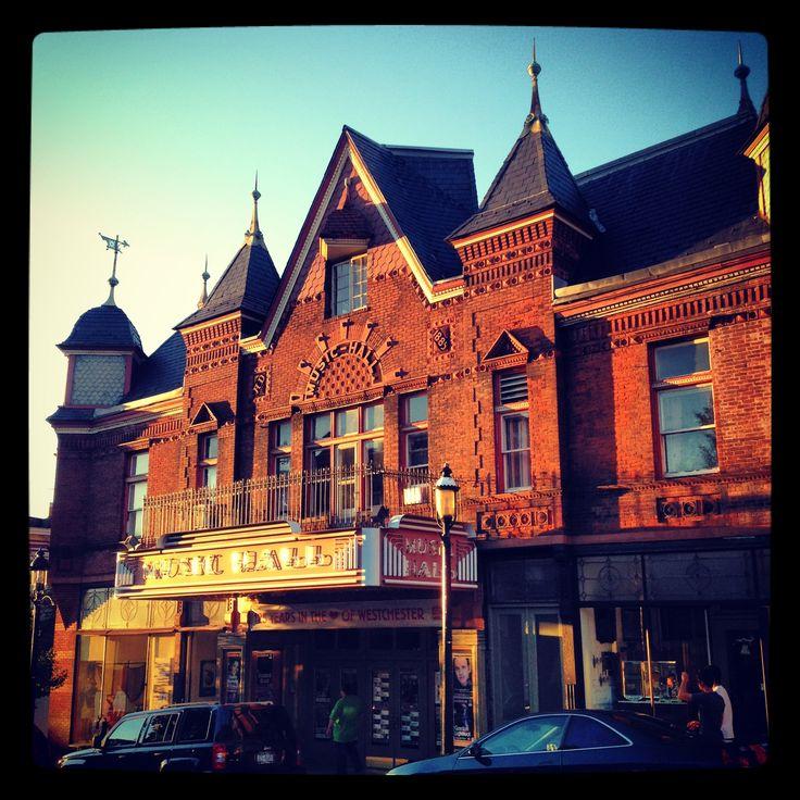 Sleepy Hollow Manor Ny: Tarrytown Music Hall At Sunset