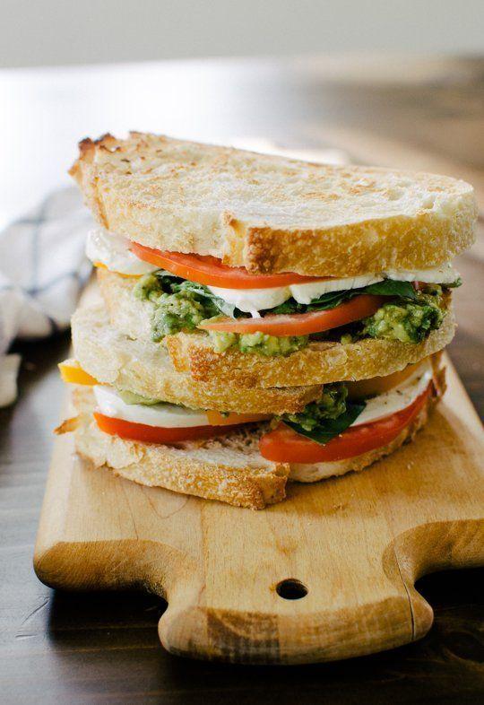 ... & avocado & tomato sandwich | BURGERS & SANDWICHES | Pinte