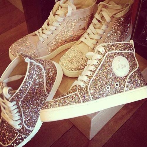 ونقوش جميلةأحذيةّ للسّسّهرأآت 2013أحذية من مارجينالرقه و الجمال والأنوثه مع