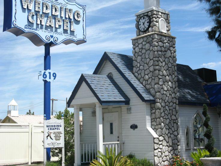 Graceland wedding chapel las vegas nv places i have for Wedding chapels in las vegas nevada