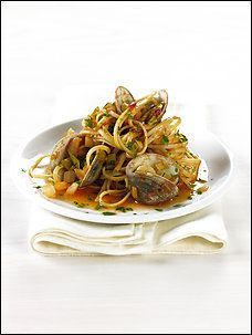 Linguine With Clams, Fennel, Leeks and Saffron Recipe Details | Recipe ...