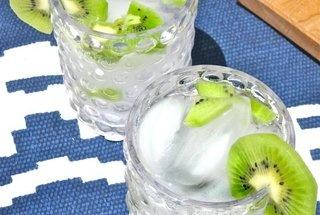 Kiwi Vodka Tonic — Recipe from The Kitchn