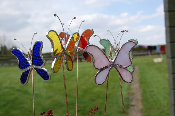 Stained glass butterfly garden ornaments for Outdoor butterfly ornaments