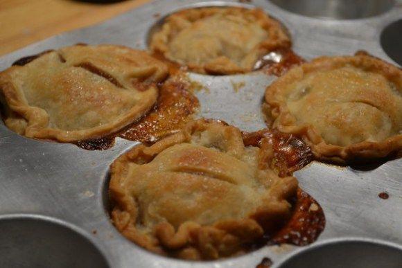Mini Peach Pies | Desserts | Pinterest