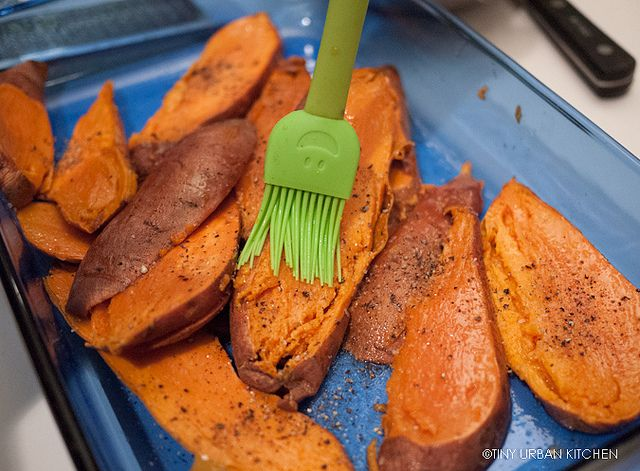 Tiny Urban Kitchen: Grilled Sweet Potatoes with Lime & Cilantro