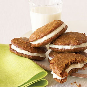 carrot cake whoopie pies | Food Related | Pinterest