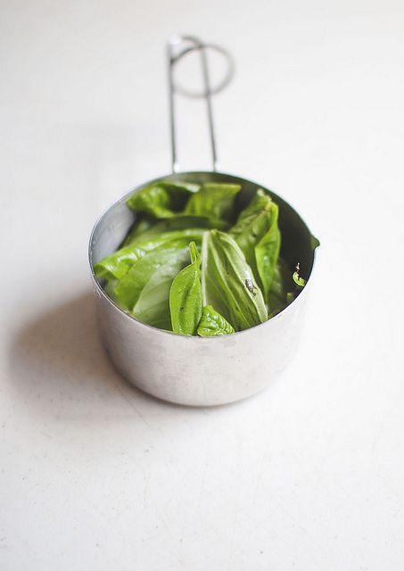 Basil Hummus | Gluten Free Recipes | Pinterest