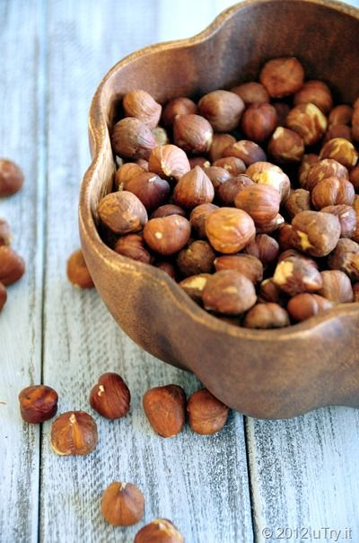 The easiest way to peel hazelnuts with Video Tutorial. We're going to ...