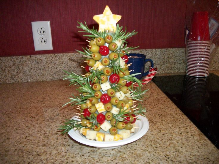 Appetizer christmas tree cheese appetizers pinterest - Christmas tree shaped appetizers ...