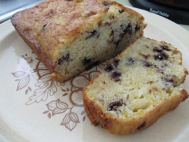 Zucchini Loaf (with chocolate chips)