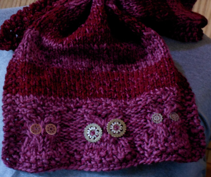 Owl Cowl Knitting Pattern : knitted owl scarf knitting Pinterest