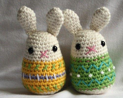 Amigurumi Easter Patterns : Little Easter Bunny - crochet pattern - Amigurumi