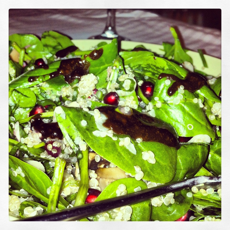 spinach, pomegranate, almond, mushrooms, ginger and a sauce of olive ...