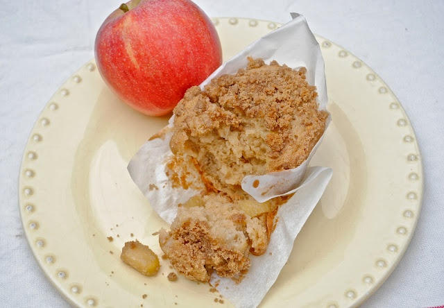 Virtually Homemade: Apple Pie Muffins