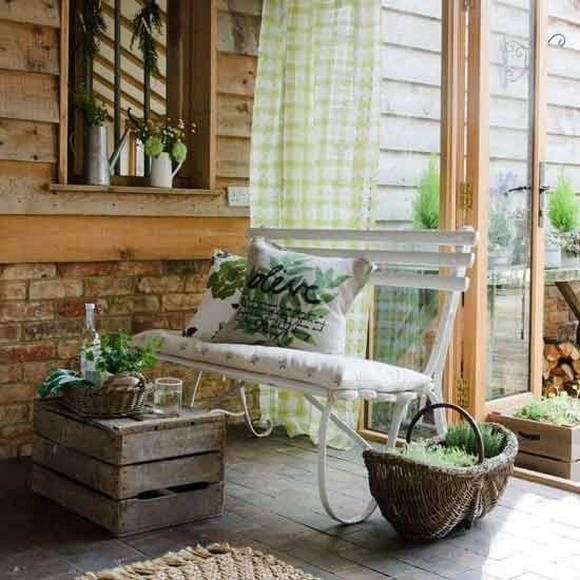 Vintage porch decorating front porch pinterest - Vintage front porch decorating ...