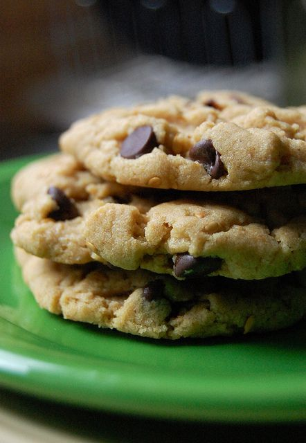 Light(er) No-Bake Cookies With Dulce De Leche, Sea Salt & Oatmeal ...
