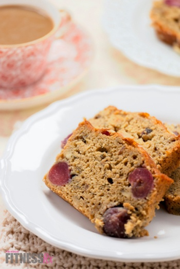 GLUTEN FREE BANANA BERRY NUT BREAD | ALLI'S SLIM PICKINS!!!!
