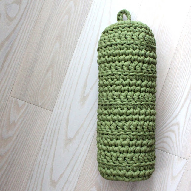 Crocheting Mats From Plastic Bags : Crochet Plastic Bag Holder Knit/crochet Pinterest
