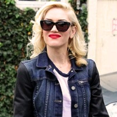 Paul Mitchell Schools | Gwen Stefani's Retro, Platinum Blonde Curls and Signature Red Lip