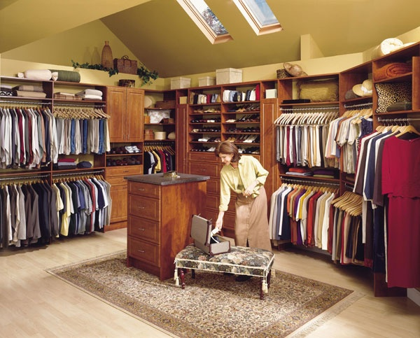 Pin by houseorganized on closet critique pinterest for Fancy walk in closet