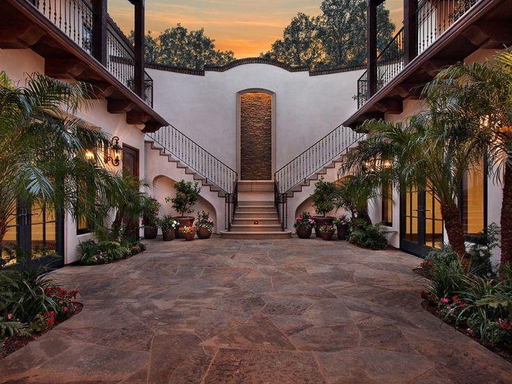 Courtyard spectacular outdoor spaces pinterest for Hacienda design homes