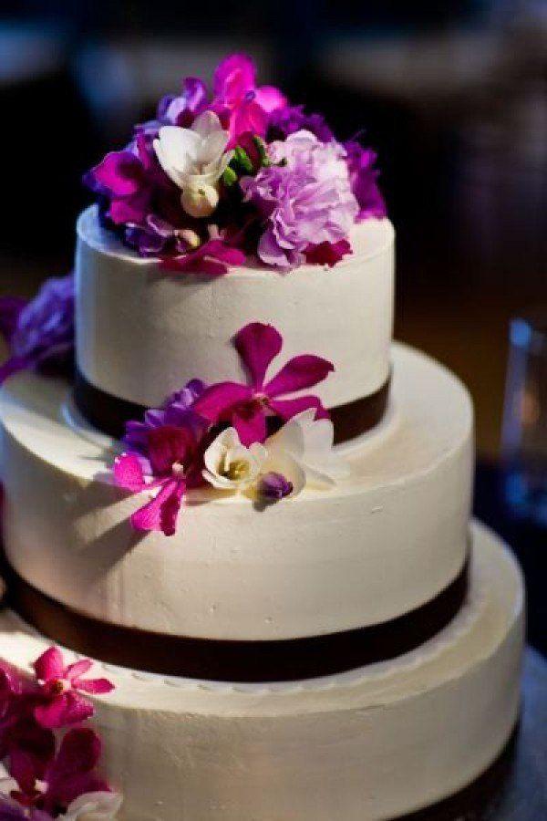 Fuchsia Wedding Cake, Cake with Fuchsia Accents, Fuchsia Floral Cake