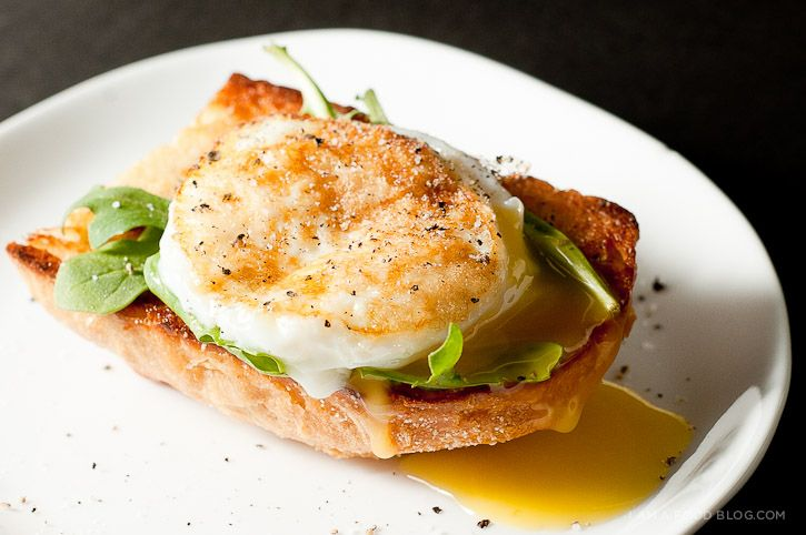 The Easiest Poached Egg Recipe   Food/Breakfast or savory baking   Pi ...