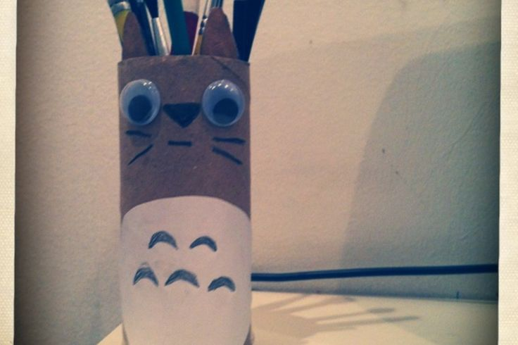 Totoro paintbrush holder using a TP roll.