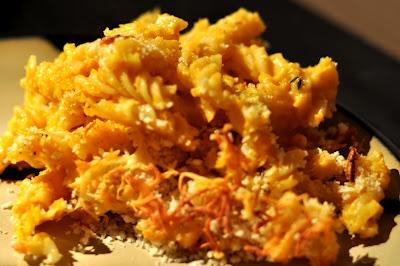 Savory Three Cheese Pumpkin Macaroni | to try in the kitchen | Pinter ...