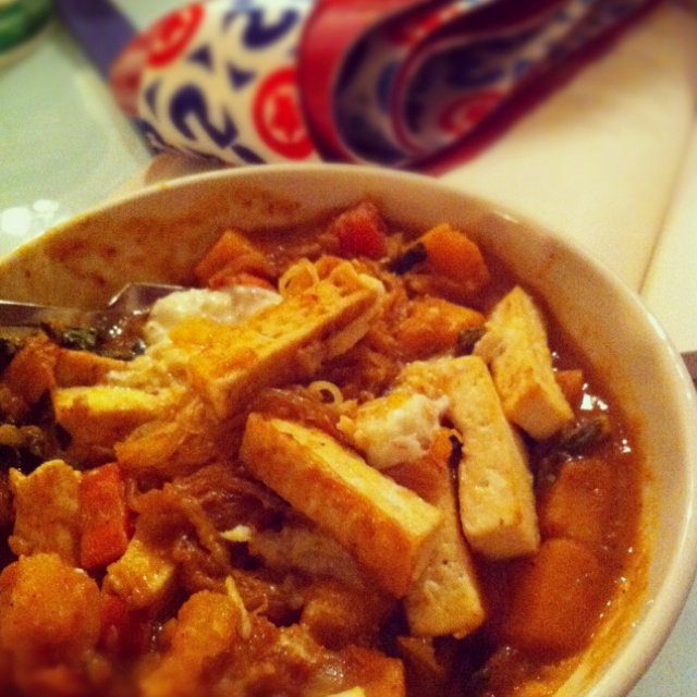 Athlete Food: butternut squash curry w/tofu & green apple raita #food