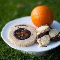 Dark Chocolate and Orange Shortbread...yes please!!