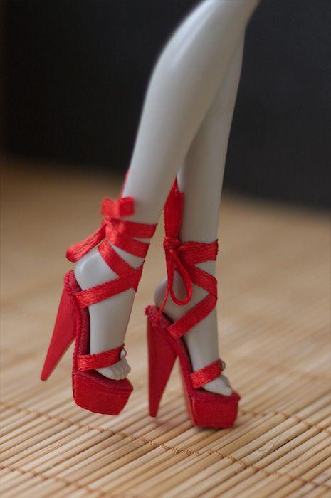 Как для кукол монстер хай сделать туфли