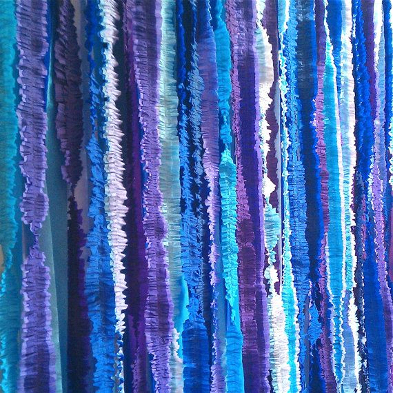 Ruffled Streamer Backdrop- could be used for photos or behind the head table or cake table. This would be super easy to DIY.