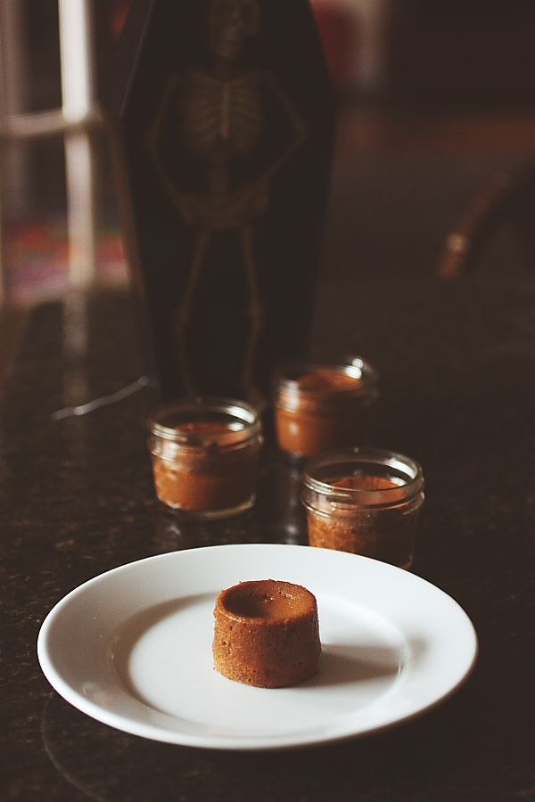 Molten Dulce de Leche Cakes   (h)arina   Pinterest